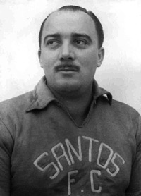 O título de 1955 seria o primeiro, dos 21 que o técnico Lula ganharia no Santos.