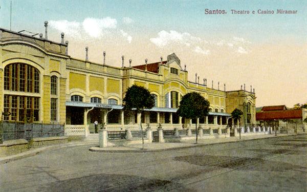 O Palácio Dourado do Boqueirão, garantia de diversão dos santistas de 1896 a 1940.