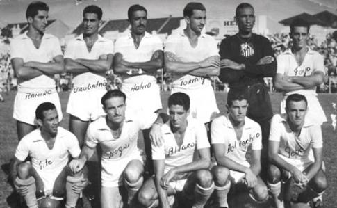 A equipe campeã de 1955, legendada na própria foto.
