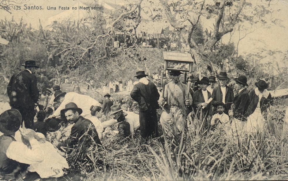 Imagem do início do Século XX mostrando as festividades de Nossa Senhora do Monte Serrat