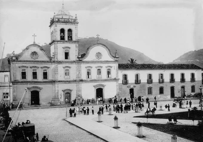Igreja do Carmo em 1900.