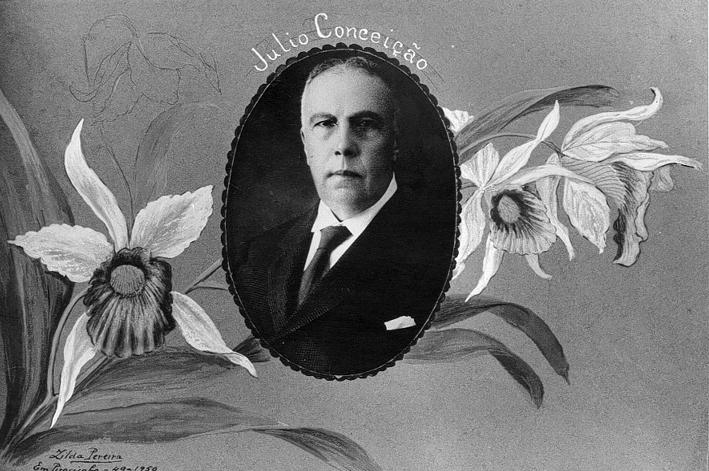 Julio Conceição era conhecido por sua exuberante coleção de orquídeas. Capa do álbum de fotografias do Parque Indígena.