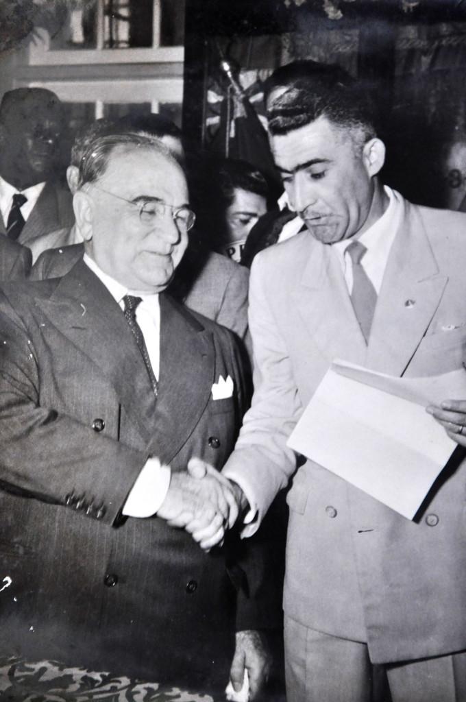 José Gonçalves, presidente do Sindicato dos Trabalhadores Portuários e o presidente Getúlio Vargas: amigos e companheiros de partido.