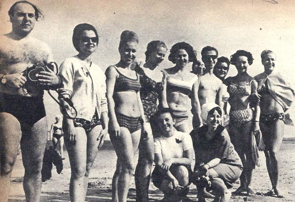 Os soviéticos se divertiram e deram um show à parte para quem estava na praia do Gonzaga.
