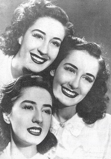 """As Irmãs Meireles, os """"Rouxinóis de Portugal"""", formaram um dos mais brilhantes grupos de musica lusitana da história."""