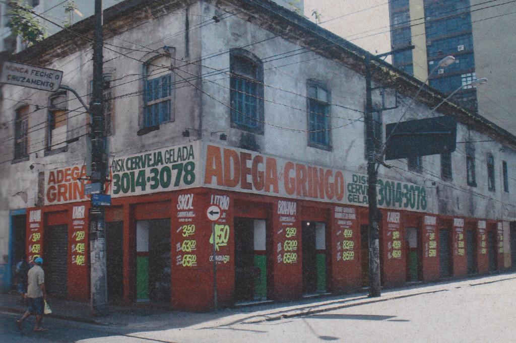 Em 2009, quem ocupava o local era a Adega do Gringo.