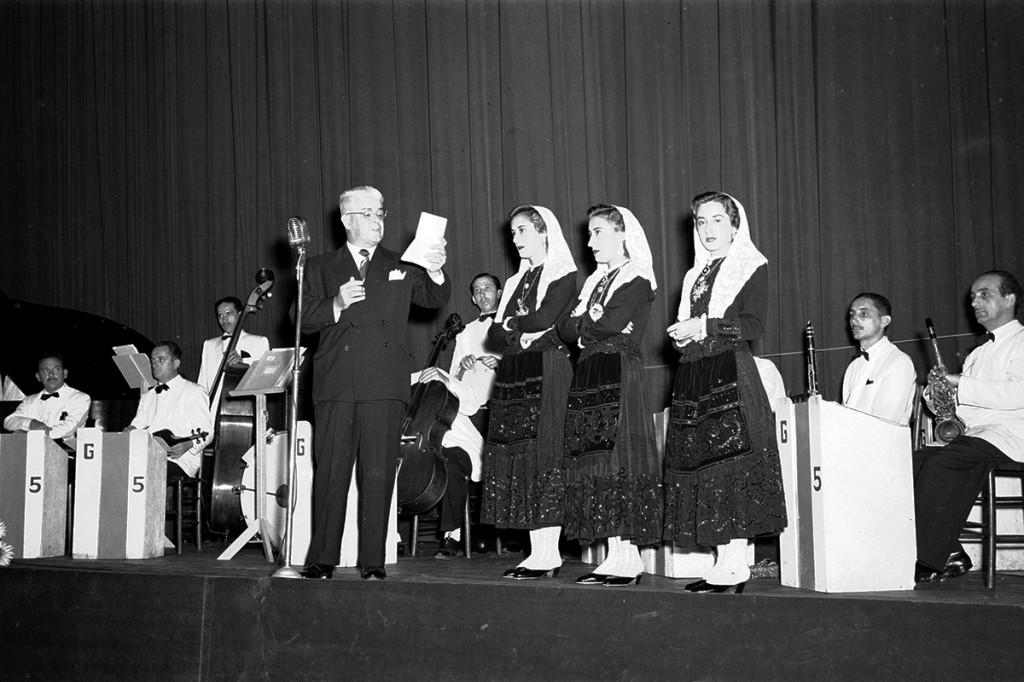 A apresentação no Coliseu de Santos foi uma das mais marcantes do trio em solo brasileiro.