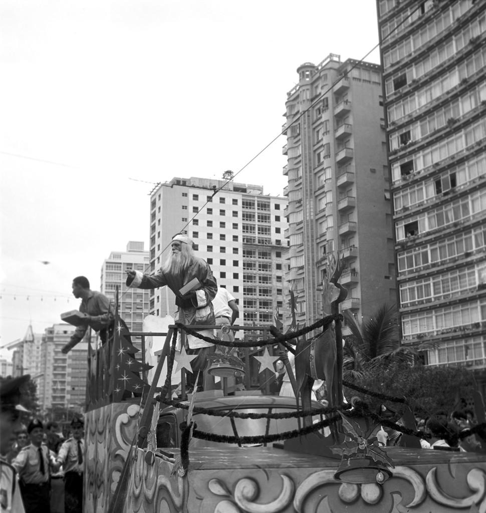 Os desfiles aconteciam pela avenida da Orla.