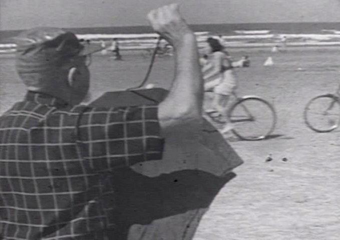 Até os fotógrafos lambe-lambe não escaparam das lentes do raro filme.
