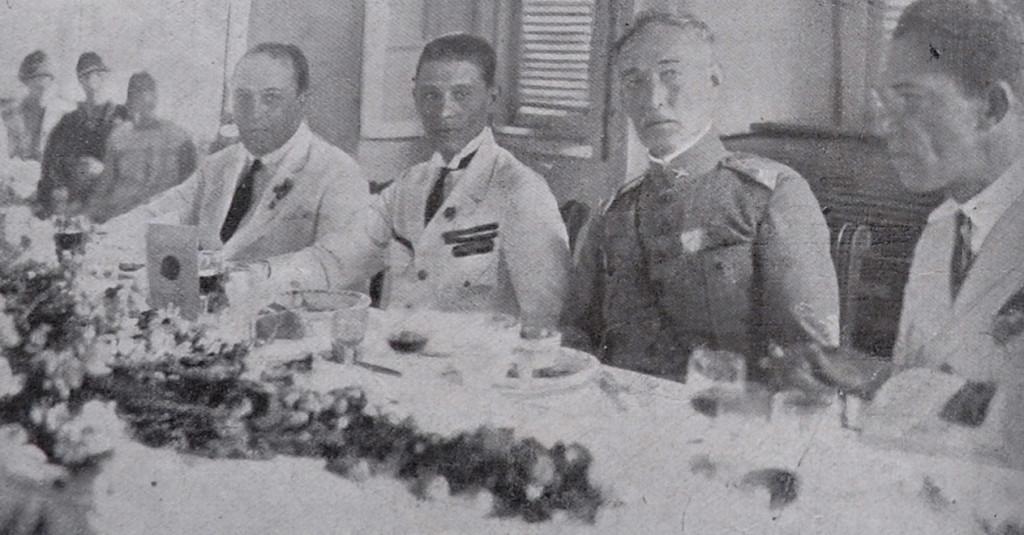 Almoço no Forte Itaipú, com dr. J. de Souza Dantas, governador da cidade; Comandante Ribeiro de Barros, major Becker, comandante do forte e o ilustre navegador Newton Braga.