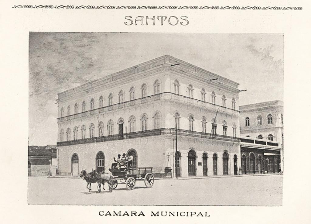 Os Casarão duplo do Valongo, onde ficava a Câmara Municipal de Santos e também a Prefeitura. Hoje abriga o Museu Pelé.