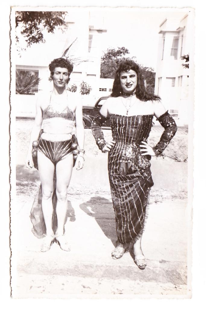 Foliões na Dona Dorotea, na década de 1960.