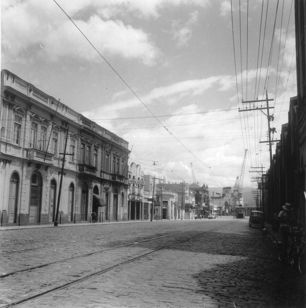 Rua João Pessoa nos anos 1960, nas proximidades do Paquetá.
