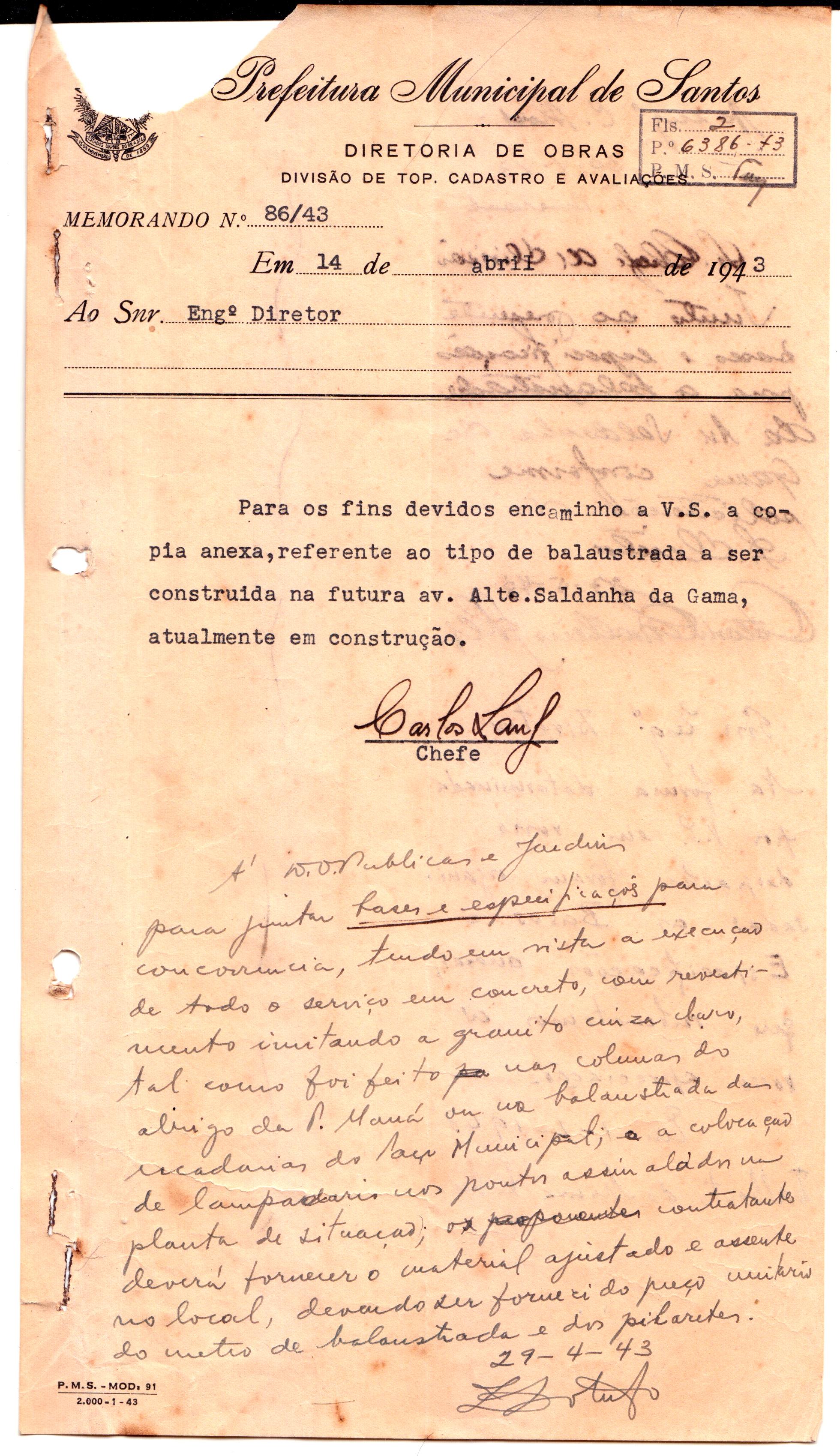 Documentação, assinada por Carlos Lang, solicitando abertura de processo para a construção da balaustrada.