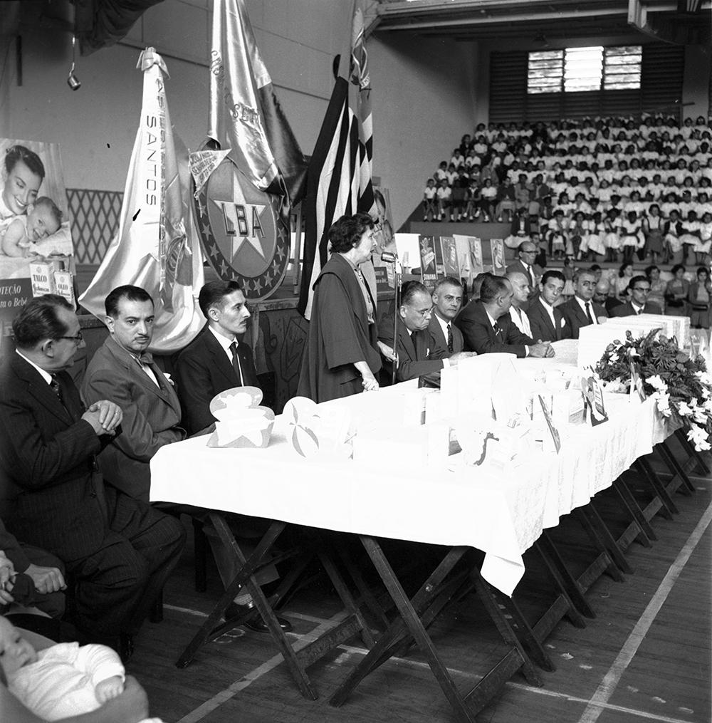 Os dirigentes da LBA e da Prefeitura de Santos no evento.