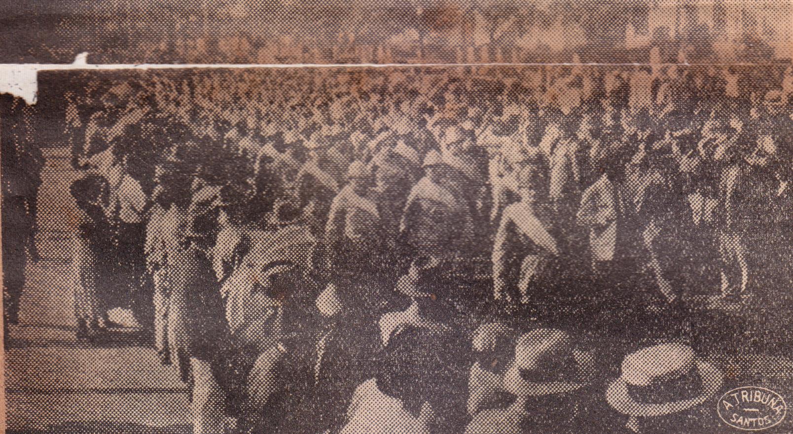 Os reservistas que se achavam incorporados à Milícia Cívica de Santos foram em marcha na direção do Valongo visando o embarque para a Capital.