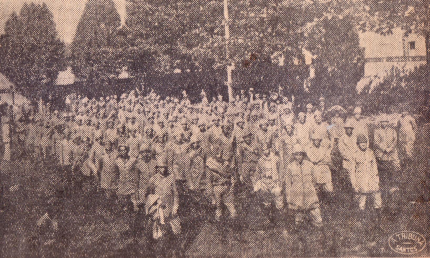 Soldados dos Tiros de Guerra nº 11 e 598, que também integraram as tropas que deixaram a cidade de Santos.