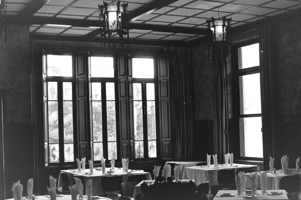 Imagem do salão principal. Década de 1970.