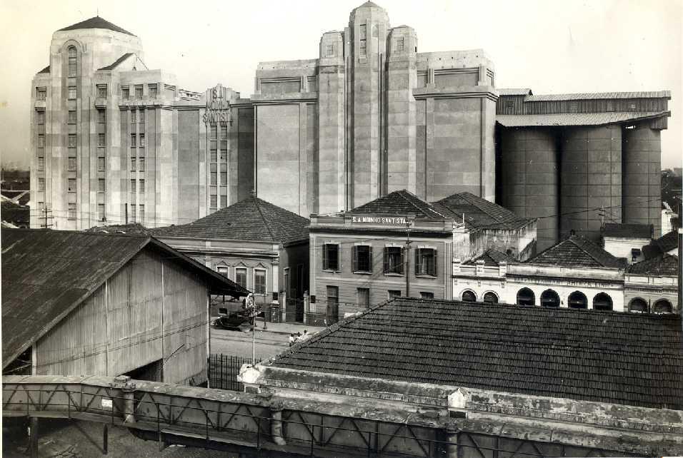 O novo edifício, moderno, conferiu um salto de qualidade e potência ao Moinho Santista, que se tornou uma referência no Brasil.