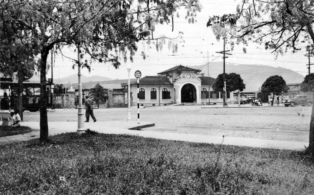 Estação Ana Costa, na década de 1940.