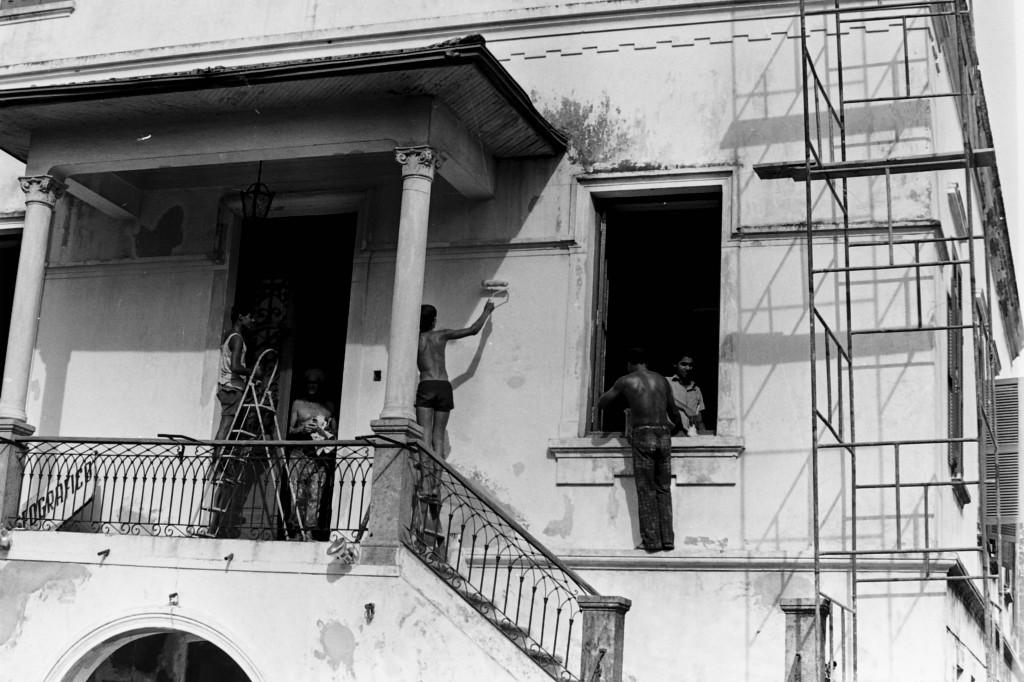 Reforma no casarão em 1981.