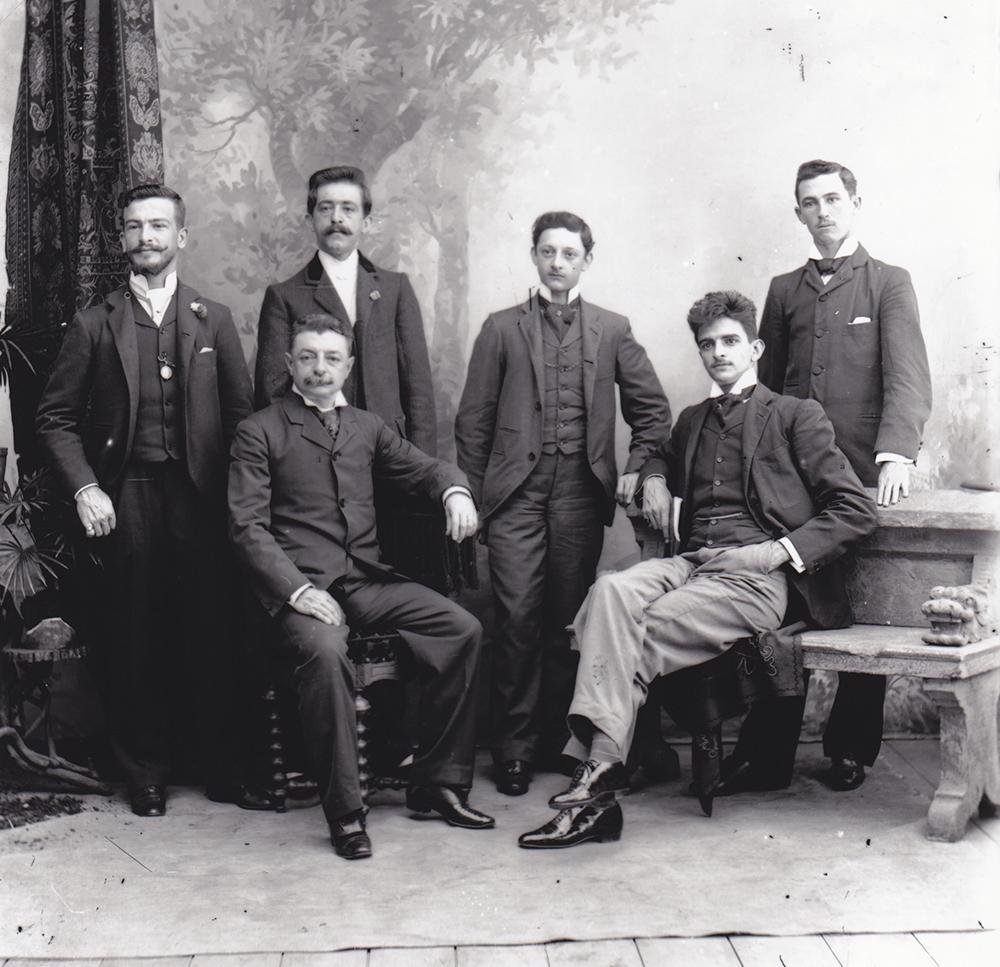 Família Alfaya (o comendador é o que está sentado à esquerda).