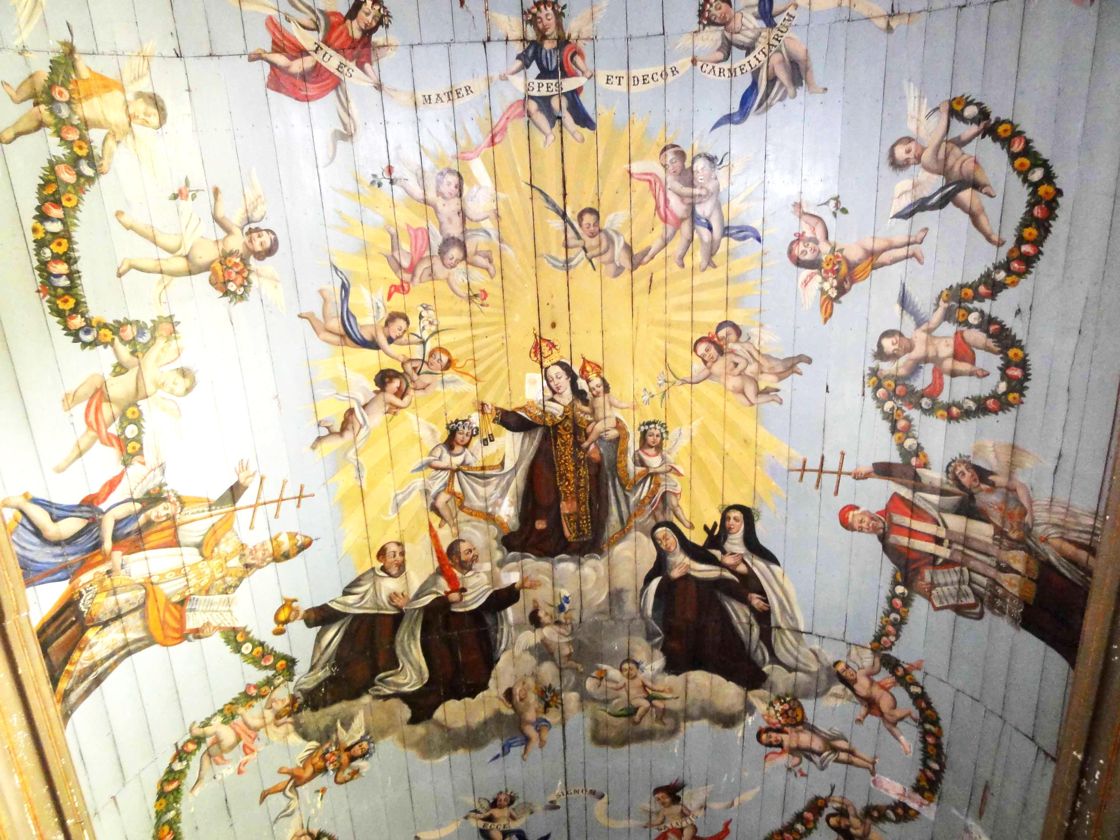 Pintura no teto da Igreja do Carmo, em Itu. Obra de Jesuíno reconhecida como patrimônio histórico brasileiro, tesouro do barroco colonial.
