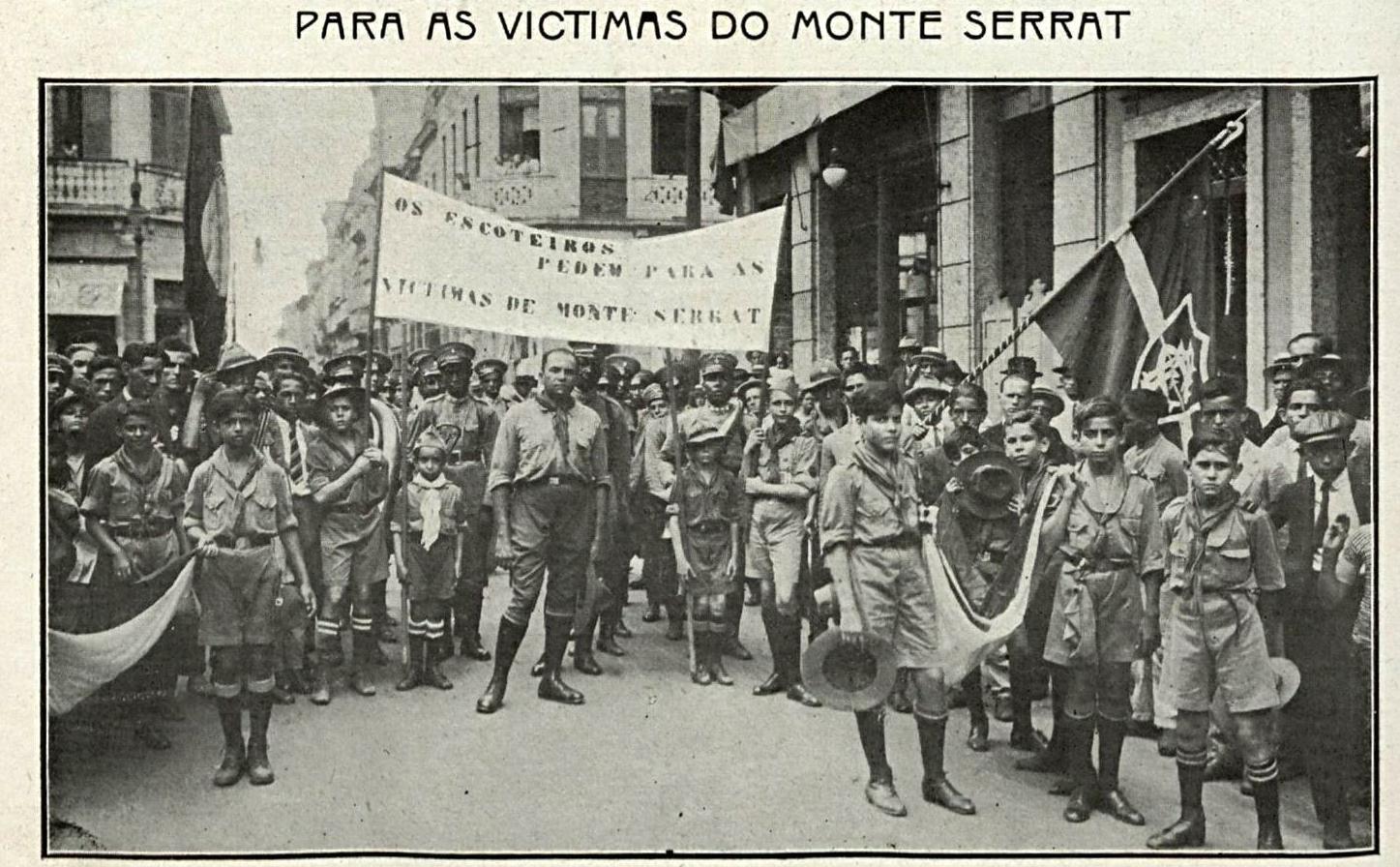 Por todo o Brasil, grupos se reuniram para angariar recursos às vítimas e à Santa Casa. Na foto, os escoteiros do Rio de Janeiro.