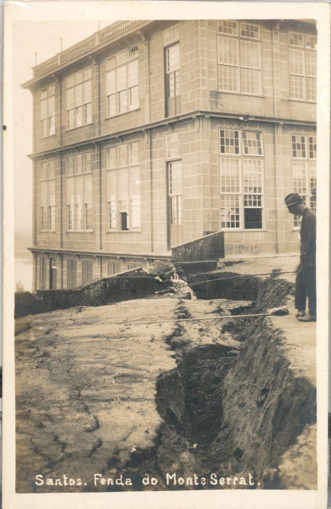 Três dias antes do acidente, uma enorme rachadura se abriu ao lado do prédio do Cassino, que ainda estava sendo terminado.