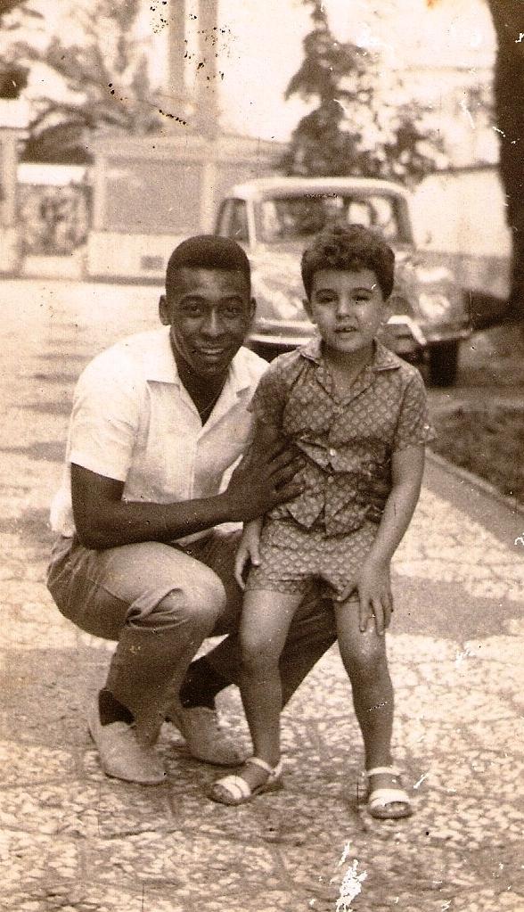 O Rei Pelé era um frequentador assíduo do casarão da família Varela, com quem tinha boas relações.