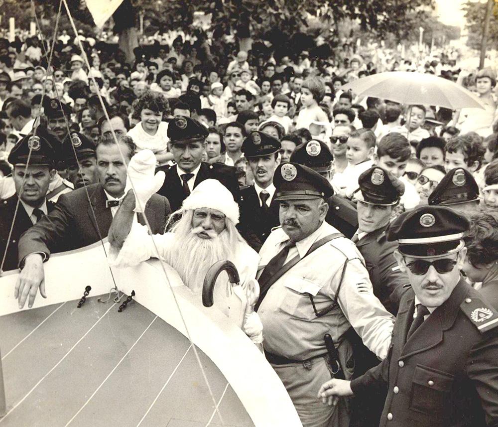 Se o Papai Noel vinha a Santos, era o Bigode sua escolta oficial.
