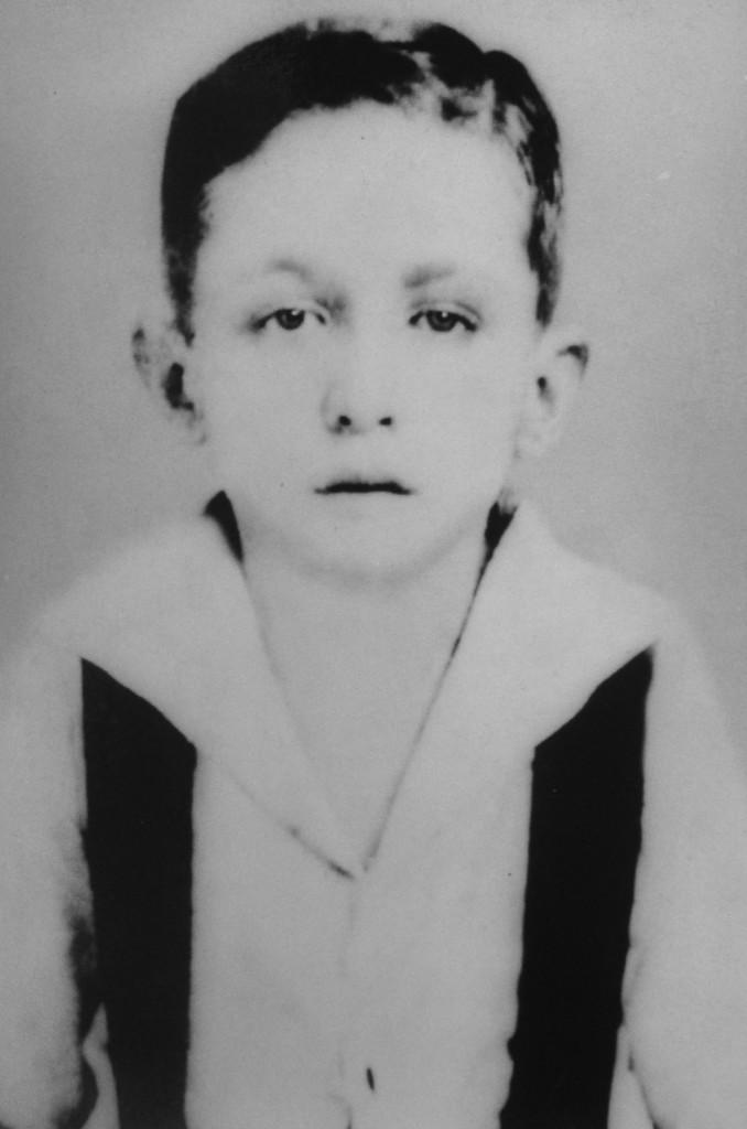 """O jovem Ismael Castanho na época que conheceu o """"Rei da América do Sul"""". Navio nunca mais saiu da sua mente."""