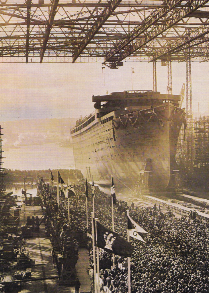 O lançamento do Cap Arcona ao mar, em 1927, constituiu num dos grandes acontecimentos da Alemanha no pós-Primeira Grande Guerra. Centenas de pessoas testemunharam o acontecimento.