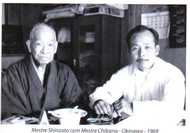 Em 1969, Shinzato, numa de suas idas ao Japão, reencontrou o seu velho mestre.