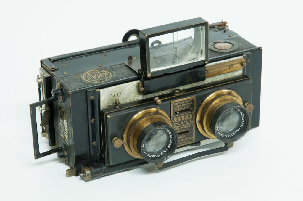 Câmera estereoscópica.